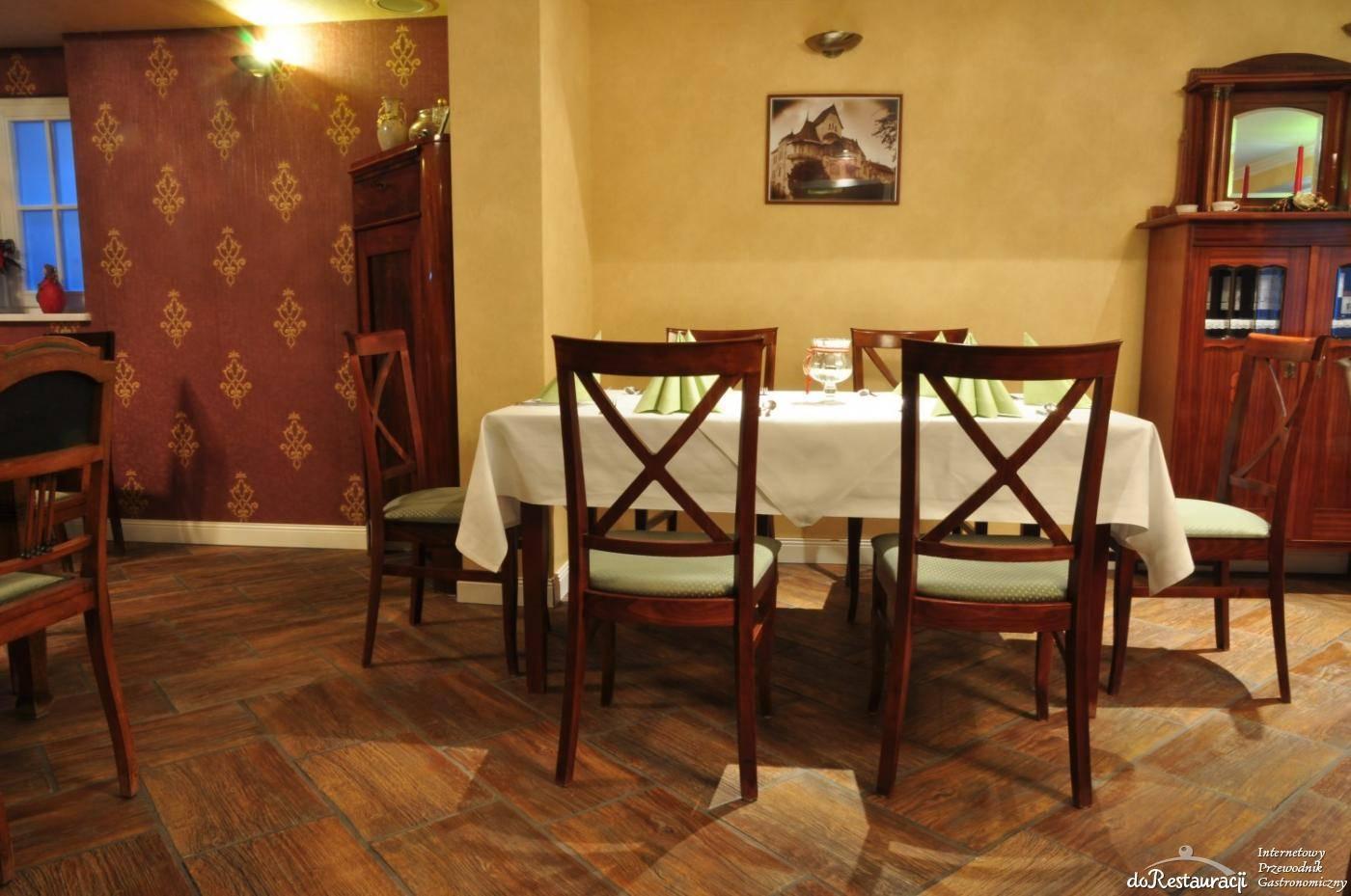 Na Rogu Czasu. Restauracja & kawiarnia